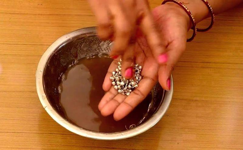 curatarea bijuteriilor din argint