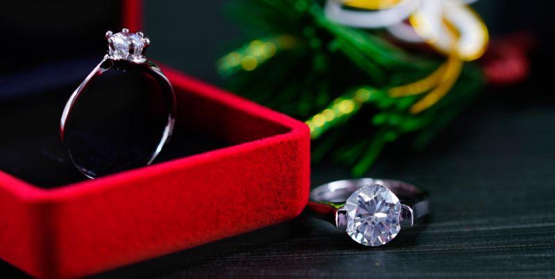 depozitarea bijuteriilor din argint